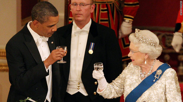 Obama's toast to the queen interrupted by the orchestra