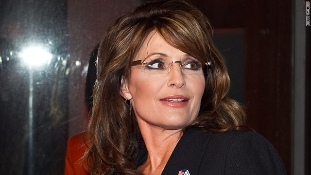 Ex-aide blasts Palin in new book: 'She loved to play the victim'