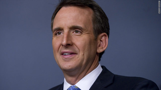 Pawlenty both praises and differentiates himself from Ryan