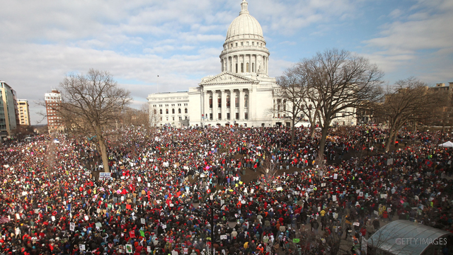 Wisconsin judge strikes down collective bargaining restrictions