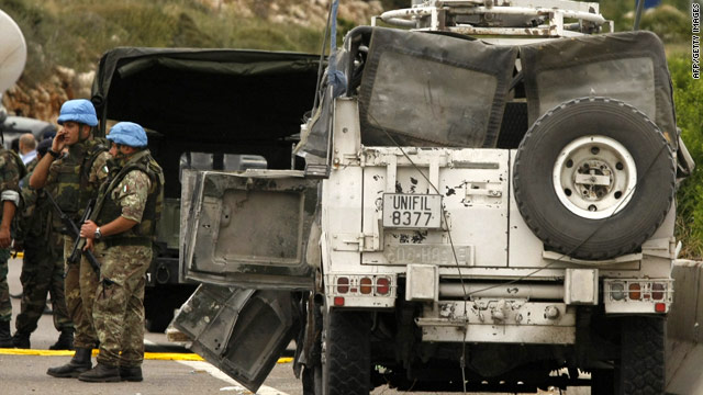 Bomb hits U.N. convoy in Lebanon; casualties reported
