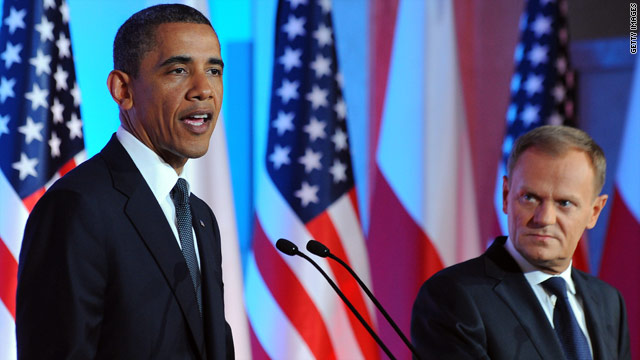 Obama praises Poland, blasts Belarus during trip