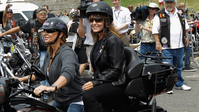 Palin rolls into Washington on a motorcycle, with a message