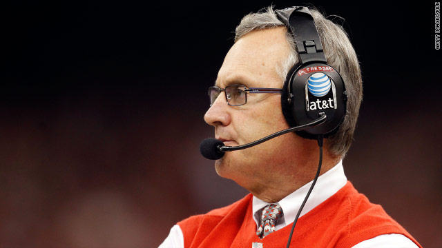 Jim Tressel resigns as Ohio State football coach