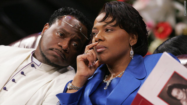 Bernice King, MLK's daughter, leaves Eddie Long's church