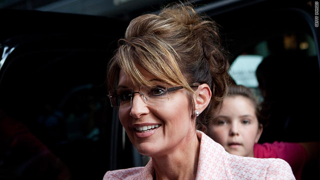 Palin takes wait-and-see approach to 2012 race