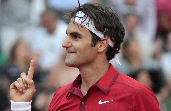 Roger Federer is hoping to beat Rafael Nadal at the French Open for the first time in Sunday&#039;s final. (AFP/Getty Images)