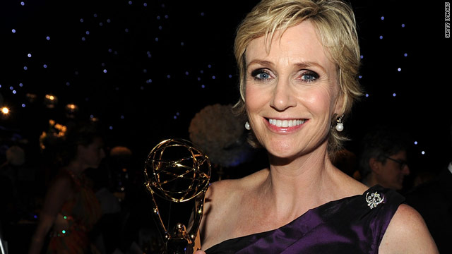 Jane Lynch to host Emmy Awards