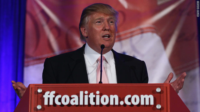 Trump rambles yet wows crowd at conservative gathering
