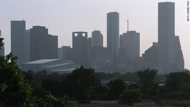 Study: Concrete jungle worsens pollution
