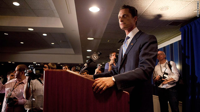 Pressure grows for Weiner to resign
