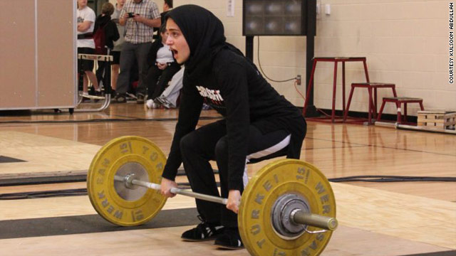 Weightlifting body changes dress code, benefits Muslim woman