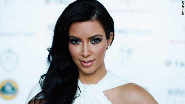 Kim Kardashian denies cheating on fiance, threatens lawsuit
