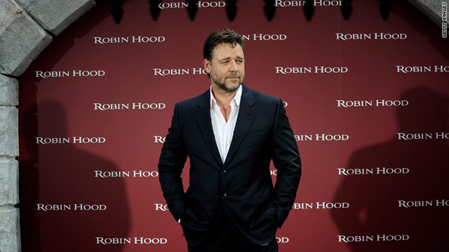 Russell Crowe on circumcision tweets: I'm very sorry