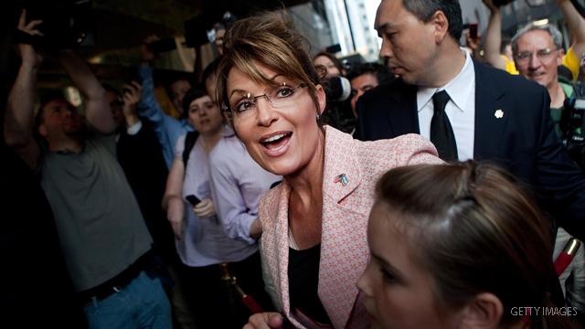 Palin e-mails show routine work, running feuds