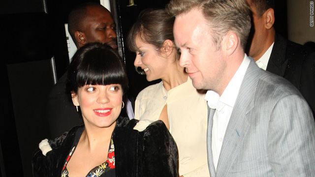 Lily Allen ties the knot - and confirms pregnancy