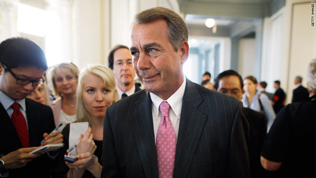 Boehner says Weiner should step down