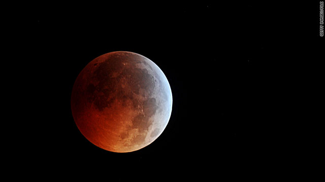 Spectacular lunar eclipse Wednesday