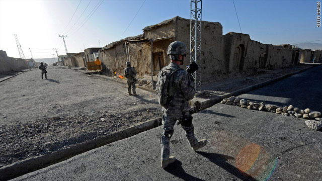 Why are attacks by Afghan troops on NATO soldiers rising?
