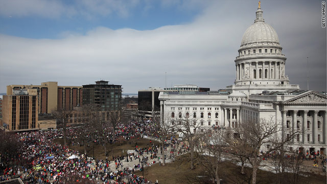 Wisconsin high court upholds collective bargaining law