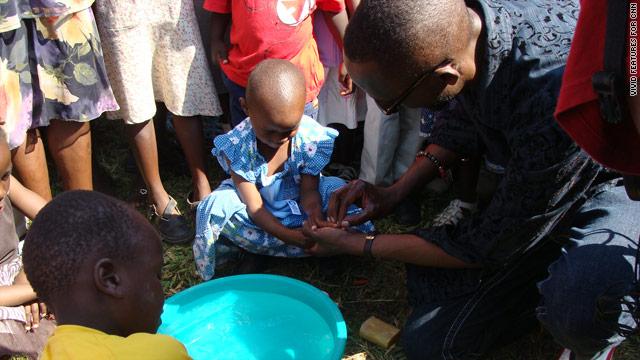 El jabón de los hoteles puede salvar vidas de niños