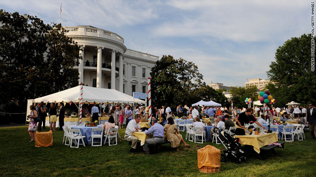 Weiner's decision revealed at White House picnic