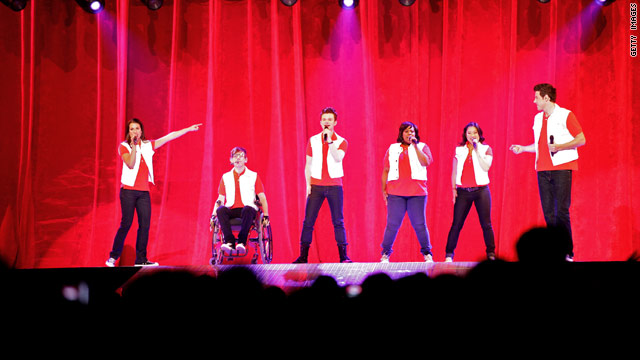 'Glee' brings in new writers; Paltrow surprises fans