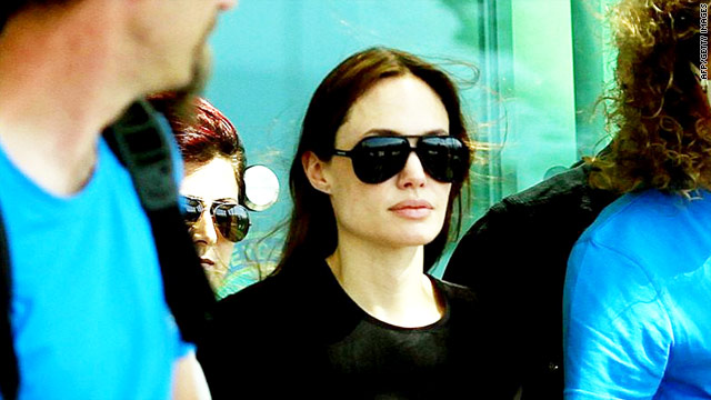 Jolie in Turkey to meet Syrian refugees