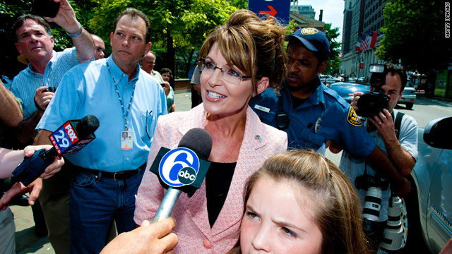 Palin denies report she's close to a decision