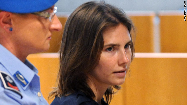 Convicts testify in defense of Amanda Knox