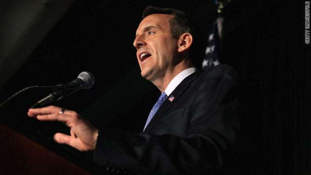 Pawlenty takes another jab at Romney