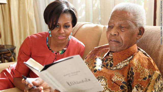 Michelle Obama meets with Mandela