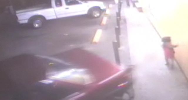 Gotta Watch: Kiddy car chases