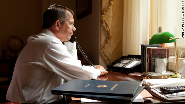 Obama makes pre-speech call to Boehner