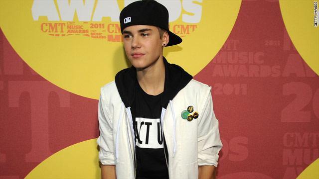 Bieber fever chaos at Macy's a 'misunderstanding'