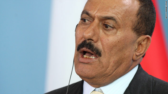 Adviser: Doctors say Yemen president should stay in Saudi Arabia longer