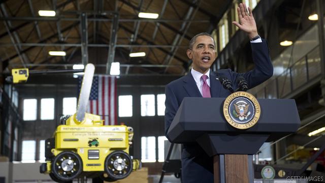 Obama shares spotlight with Palin, Bachmann