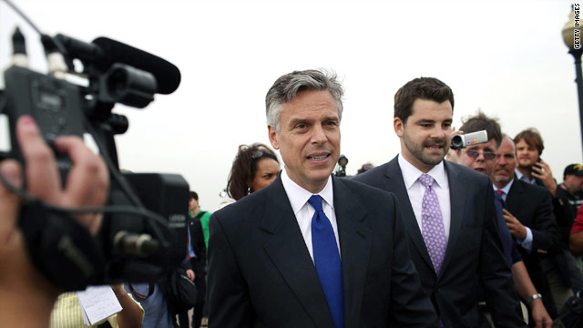 Huntsman campaign jabs at Pawlenty over Afghanistan