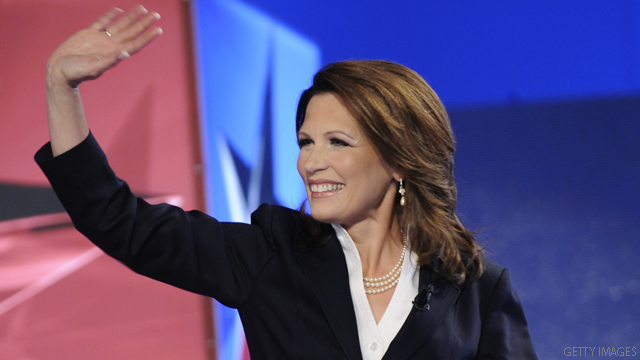 Bachmann makes official 2012 presidential announcement