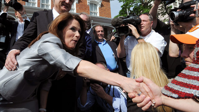 Poll: Bachmann makes a splash