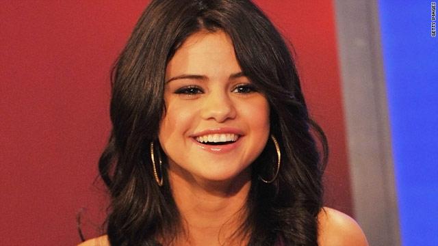 Selena Gomez meets her crush - Shia LaBeouf