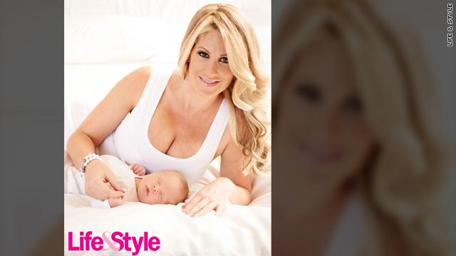 'Real Housewife' Kim Zolciak shows off baby boy