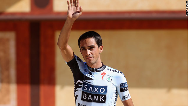 Contador received a mixed reception at the official 2011 Tour presentation.