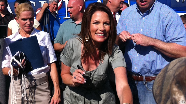 Bachmann: I&#039;ll help Obama find a job after I win