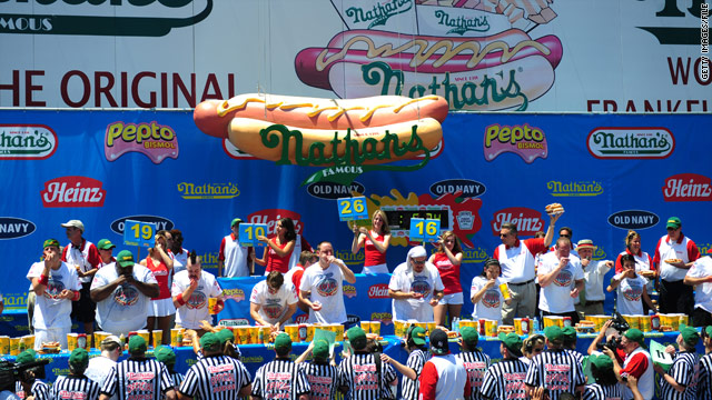 On the Radar: Hot dog contest, Yellowstone cleanup, royal visit