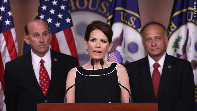Bachmann blasts Obama on debt talks