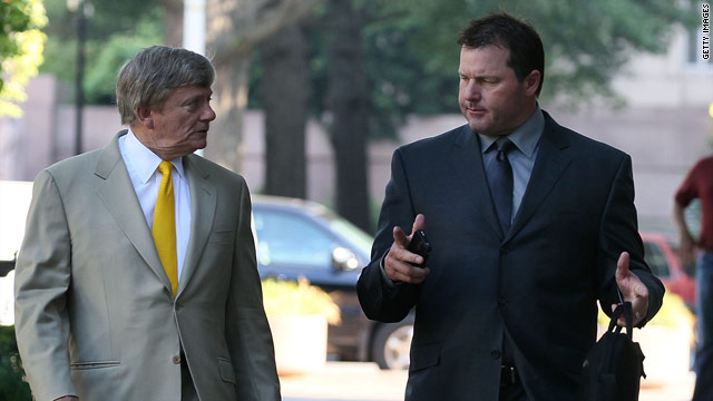 Judge declares mistrial in Roger Clemens case