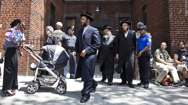 Child's grisly murder shocks Jewish Brooklyn neighborhood
