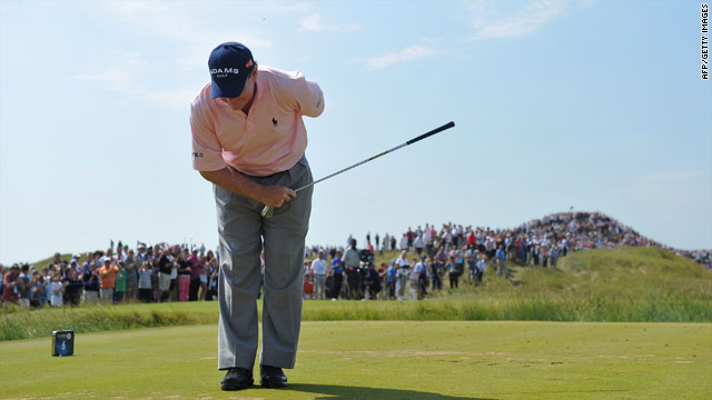 Tom Watson, 61, aces hole at Open