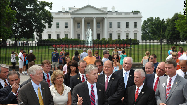 GOP congressmen show up at White House, want plan